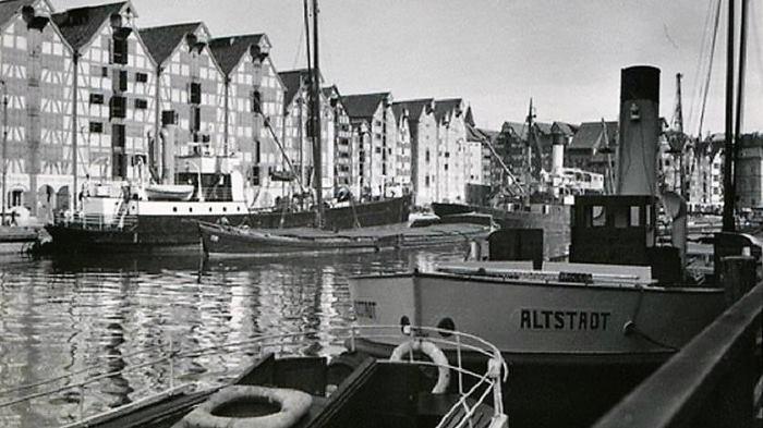 "Bild: Schiff ""Altstadt"" in Königsberg"