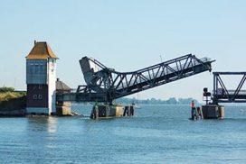 Lindaunisbrücke über die Schlei